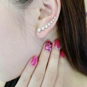 Urban Outfitters Jewelry - 3/$20 Ear Crawler Diamond Earrings! 💕